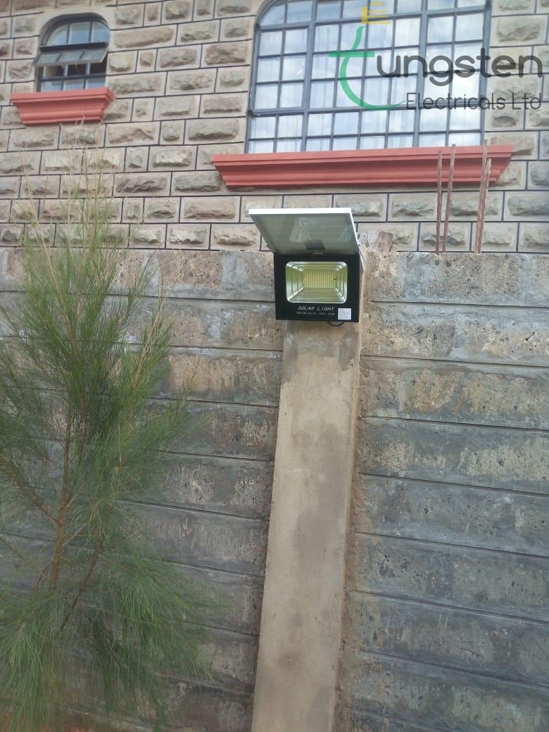 LED solar floodlight